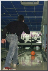 Stefan Kolimechkov playing Bowling